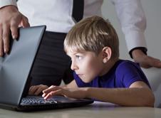 Παιδικός εθισμός στο Διαδίκτυο